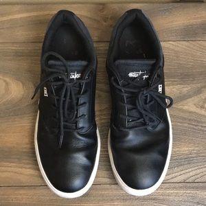 DC skateboard sneakers